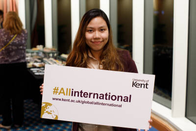 Kent alumni at networking event in Asia