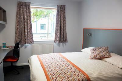 Tyler Court double bedroom