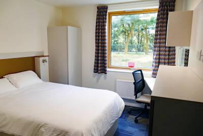 Park Wood Flat en-suite double room