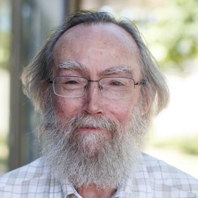 Portrait of Professor Peter McGill