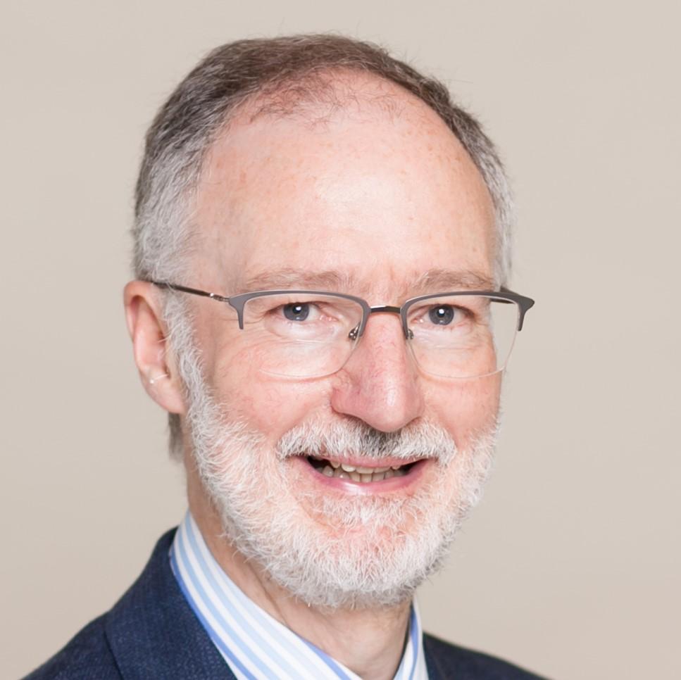 Portrait of Dr David Oliver