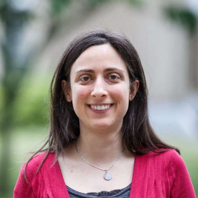 Portrait of Dr Eleni Kapogianni