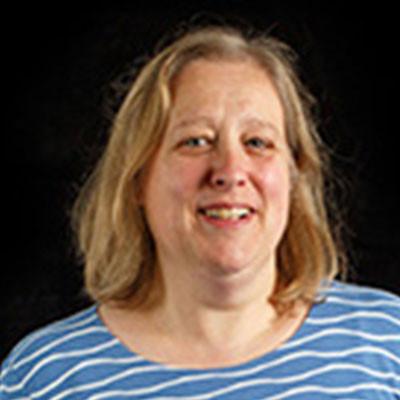 Portrait of Dr Alison Dean