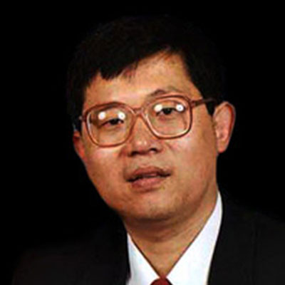 Portrait of Professor Steve Wenbin Liu