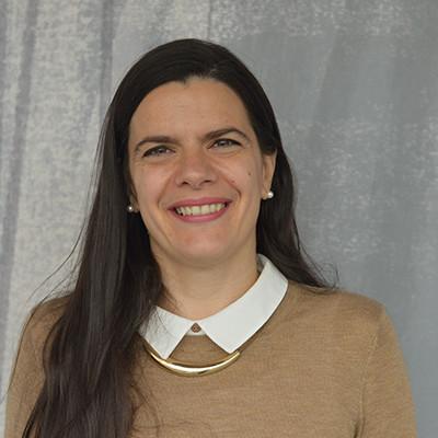 Portrait of Dr Carmen Stoian