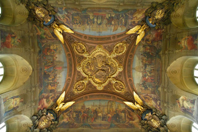 gold embellished ceiling in the Louvre