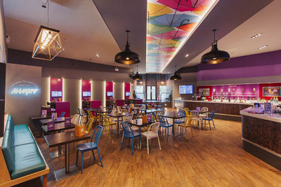 Mungo's catering outlet interior