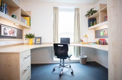 Woolf College bedroom desk area