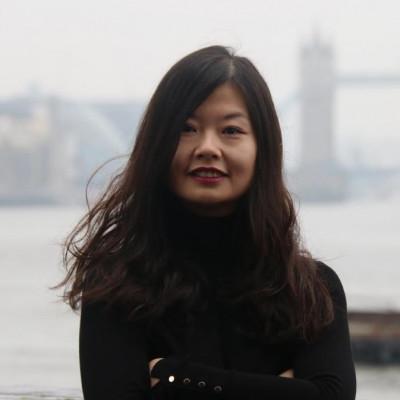 Portrait of Dr Lisa Lin