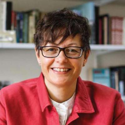 Portrait of Professor Karen Jones
